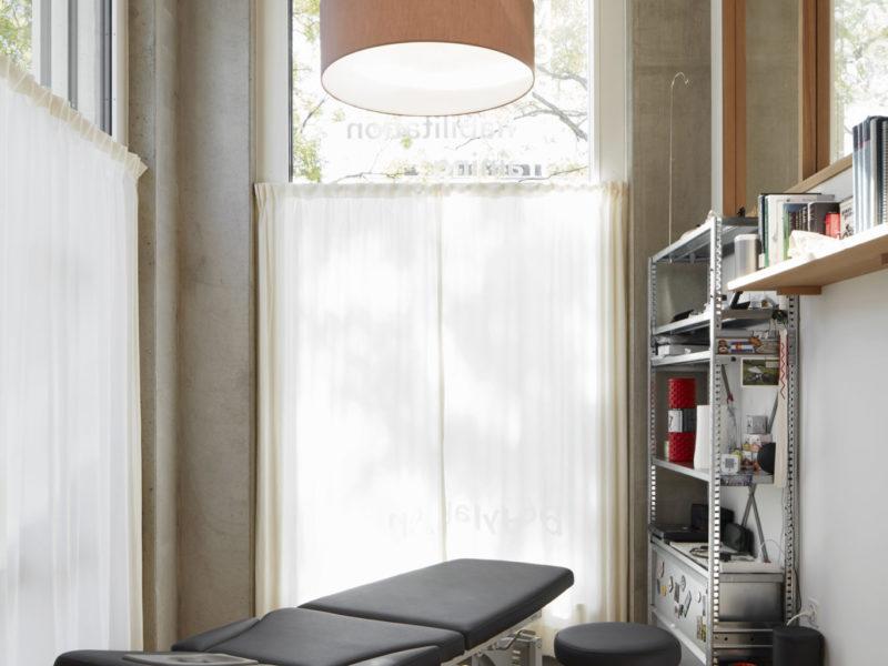 Behandlungsräume BodyLab   Osteopathie Physiotherapie Rehabilitation Training Massage Fasziendistorsionsmodell FDM   Zürich