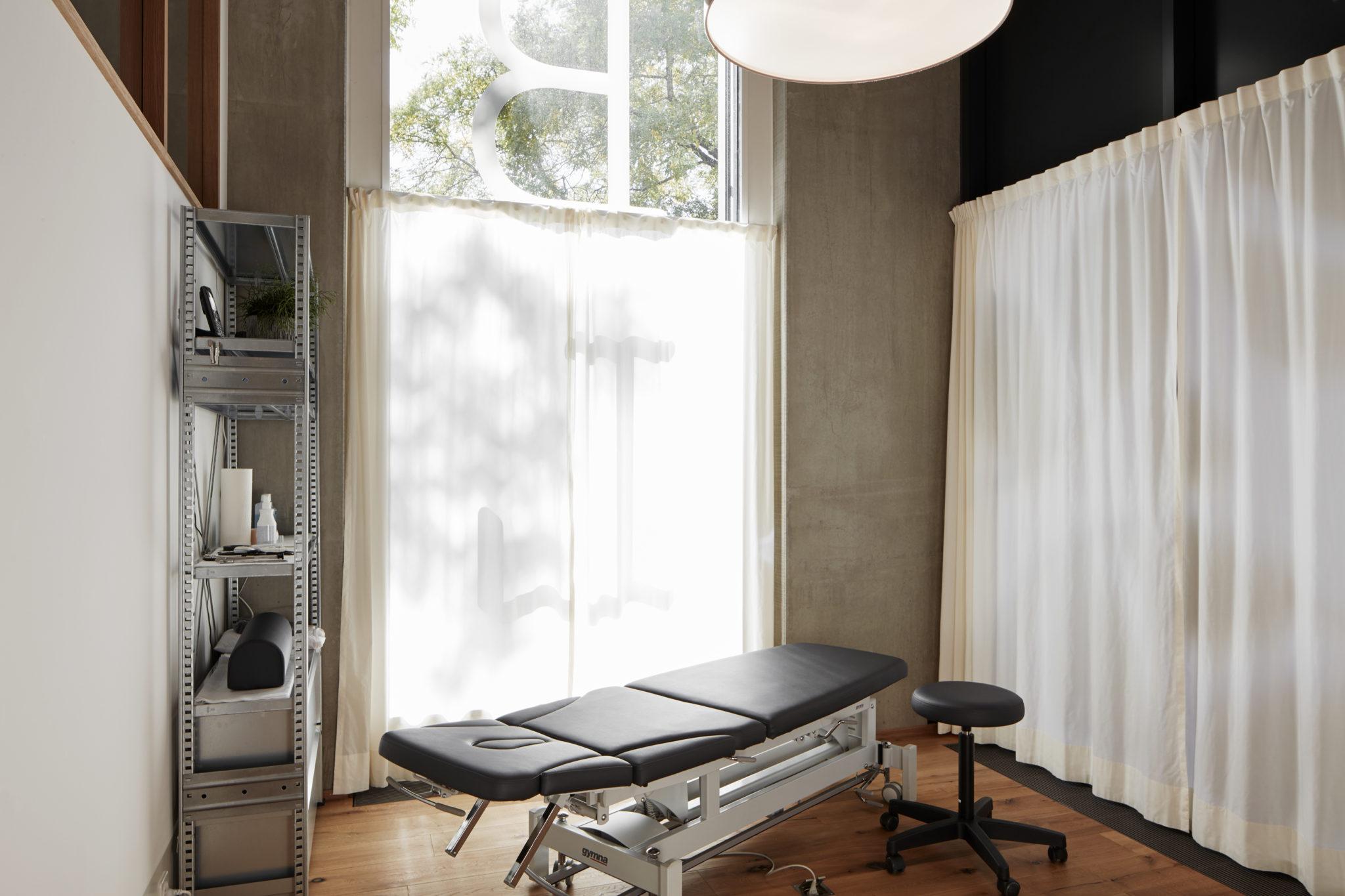 Behandlungsräume BodyLab | Osteopathie Physiotherapie Rehabilitation Training Massage Fasziendistorsionsmodell FDM | Zürich